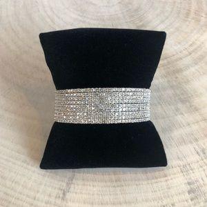 Jewelry - 9 Layer Crystal Bracelet